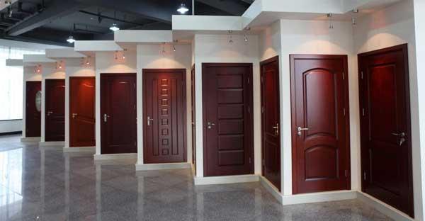 Покупаем и меняем межкомнатные двери в квартире