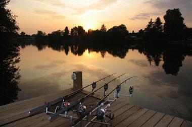 Ночная рыбалка - простая экипировка
