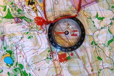 Ориентирование на местности с компасом