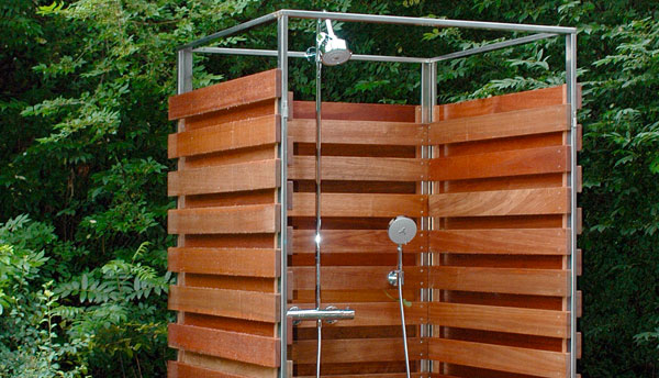 Летний душ - купить или построить своими руками